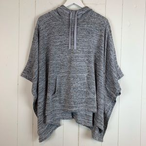Xersion Poncho Sweater Medium Batwing Sleeves Gray